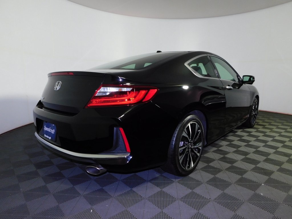 Pre-Owned 2017 Honda Accord EX