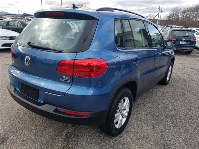 Pre-Owned 2017 Volkswagen Tiguan 2.0T S 4Motion