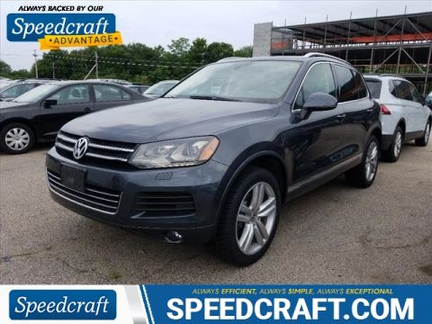 Pre-Owned 2012 Volkswagen Touareg V6 TDI Executive